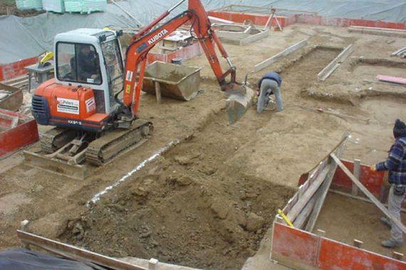 Tiefbau - Erdarbeiten zur Errichtung eines Mehrfamilienhauses